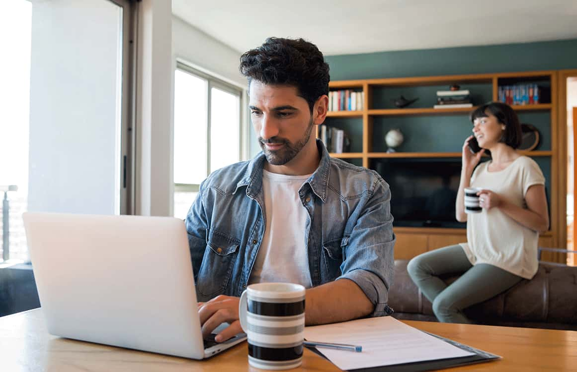 <hero>Go Remote,</hero><br> 4 things you need to know about remote working!